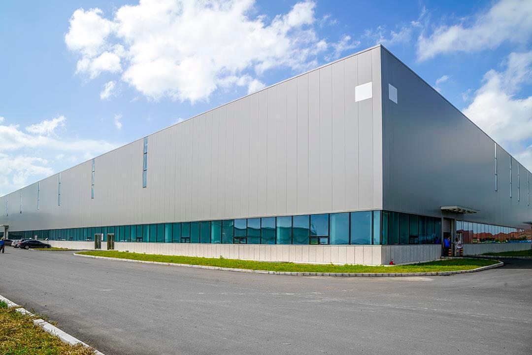 sektor hale produkcyjne i magazyny